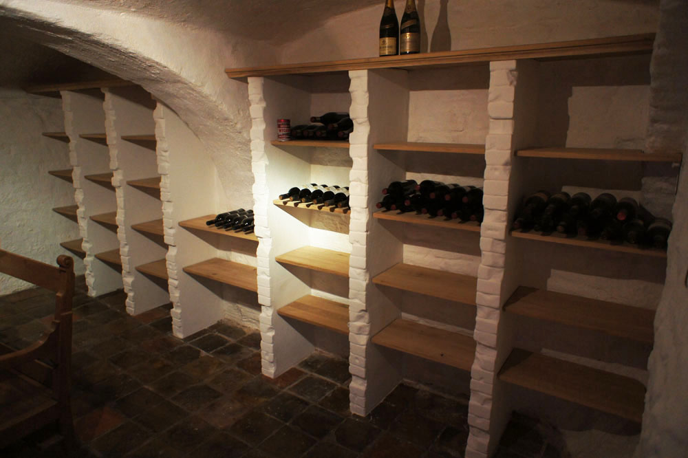 Jasper Zwart 187 Wijnkast