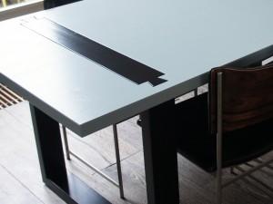 Zwaluwstaart tafel