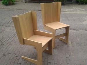 Eikenhouten stoelen